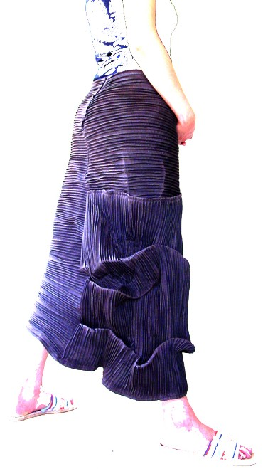 Sculpture skirt (Foto: Sanja Jakupec; Model: Marija Koprtla)
